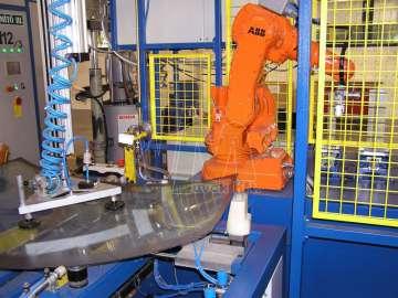 Üvegipari robotos alkalmazás